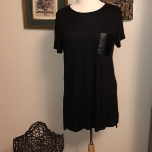 Black tunic w/faux leather pocket and back zipper